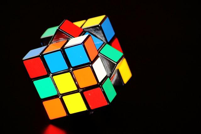 magic-cube-378543_640.jpg